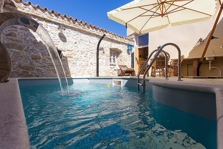 Lovely stone house with private pool  outdoor shower