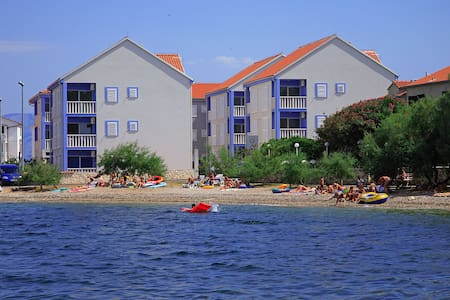 Apartments Gromela Croatia - Haus