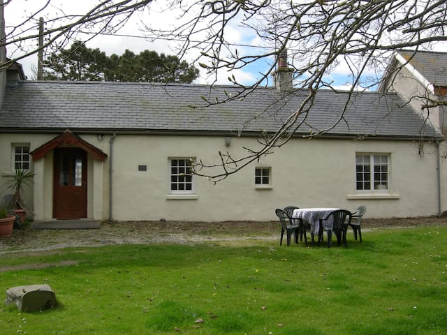 One Tree Cottage - Ardglass - Rumah