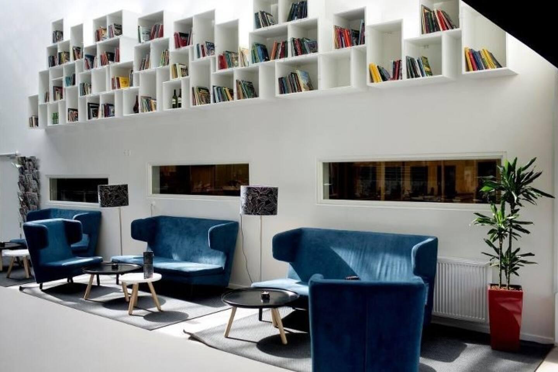 Cafe La Rouge inside Nørrebrohallen in Bragesgade