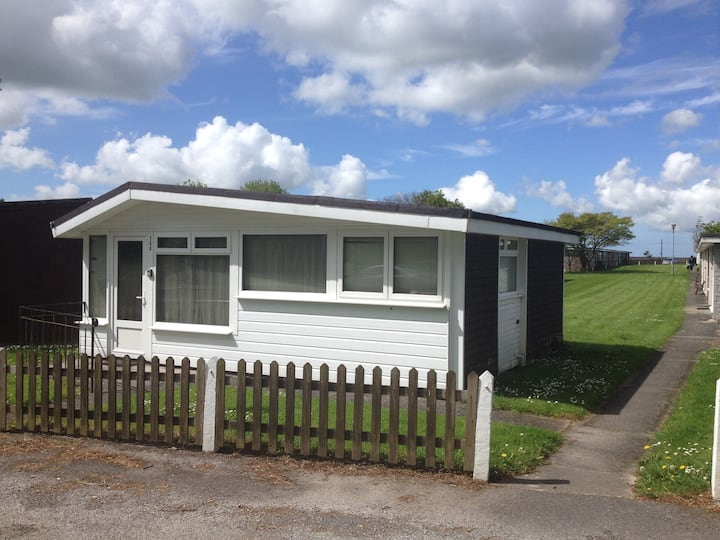 Dartmouth Detached Chalet 144 Free Parking
