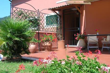 Attic Monterosso al Mare 5 Terre - 蒙特罗索阿尔马雷(Monterosso Al Mare) - 公寓