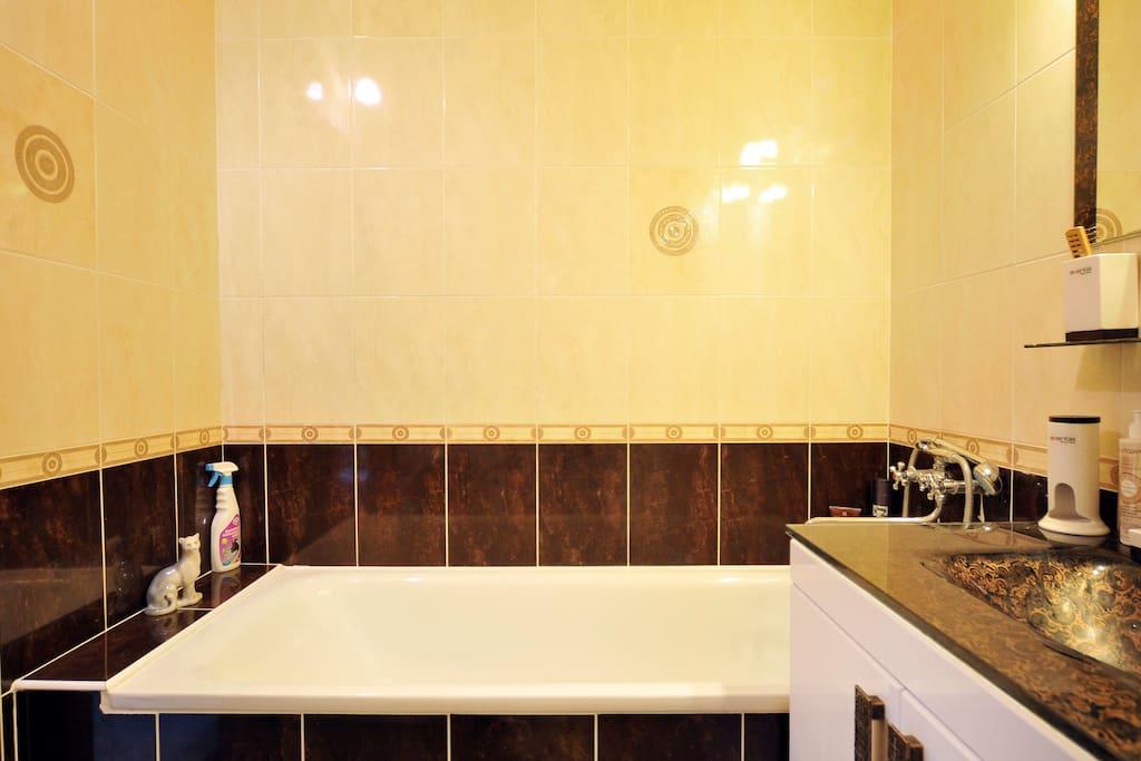 Это ванная 1.80 длина