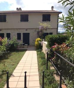 Terme di Saturnia, relax&giardino - Saturnia - Apartment