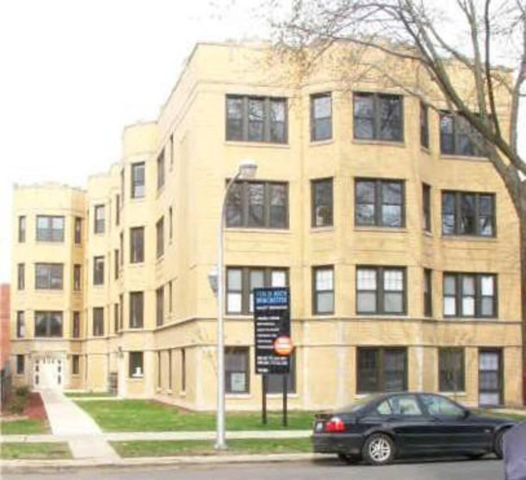 Renovated condo building, friendly neighbors