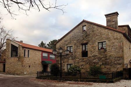 CASA RURAL CERCA DE SANTIAGO - Padrón - Flat