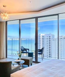 Ocean-view luxury Condo/ Central Located🌟