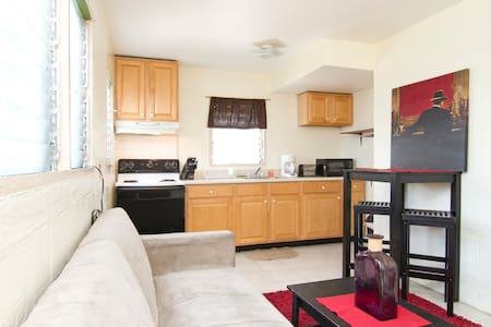 1 BD with PARKING and WIFI