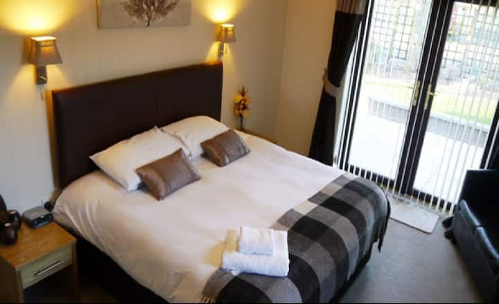 Double Room Standard Ensuite @Ban Car Hotel