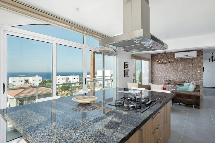 Joya Cyprus Diamond Deluxe Penthouse Apartment