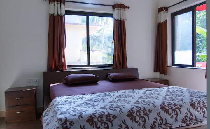 Deluxe 1BHK Apartment near the Beach in Goa
