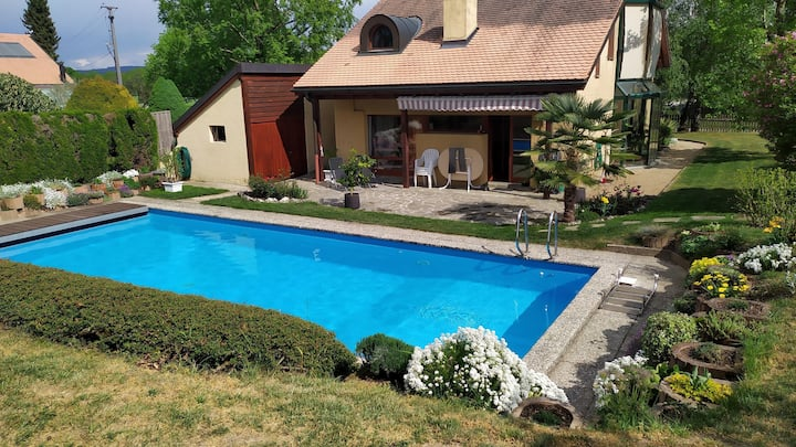 B&B La Sereine - calm and swimming pool