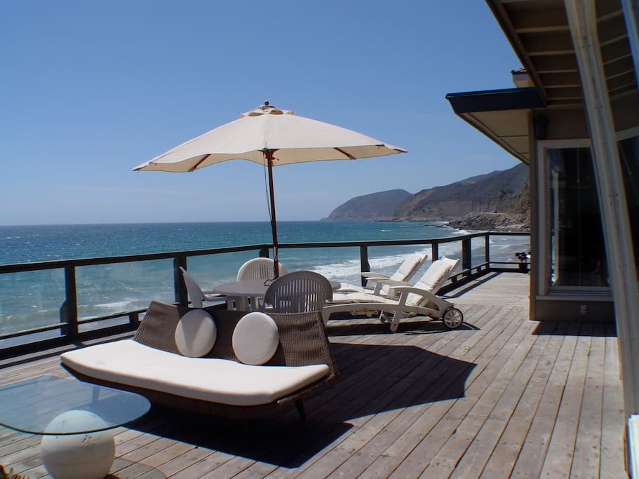Amazing Beach Deck - One of the largest on the beach