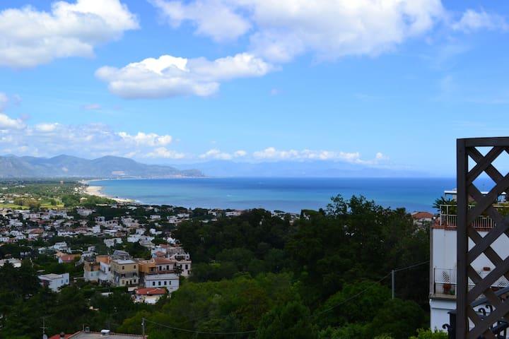 Appartamento vista golfo - San Felice Circeo - Apartamento