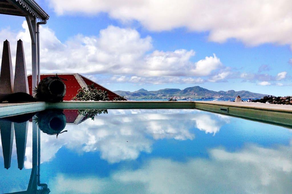 Studio prestige fdf piscine priv e villas for rent in - Piscine tubulaire castorama fort de france ...
