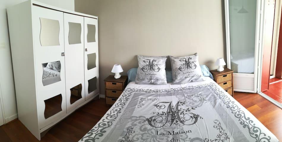 1ere chambre lit en 140x190