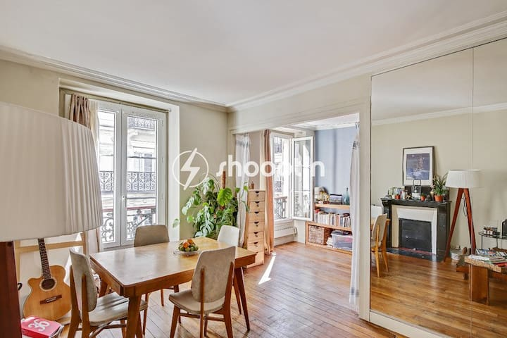 Montmartre & Pigalle - Typical Parisian cosy flat