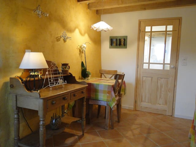 Gorgeous Mini Gite or BnB Normandie - Ségrie-Fontaine - Talo