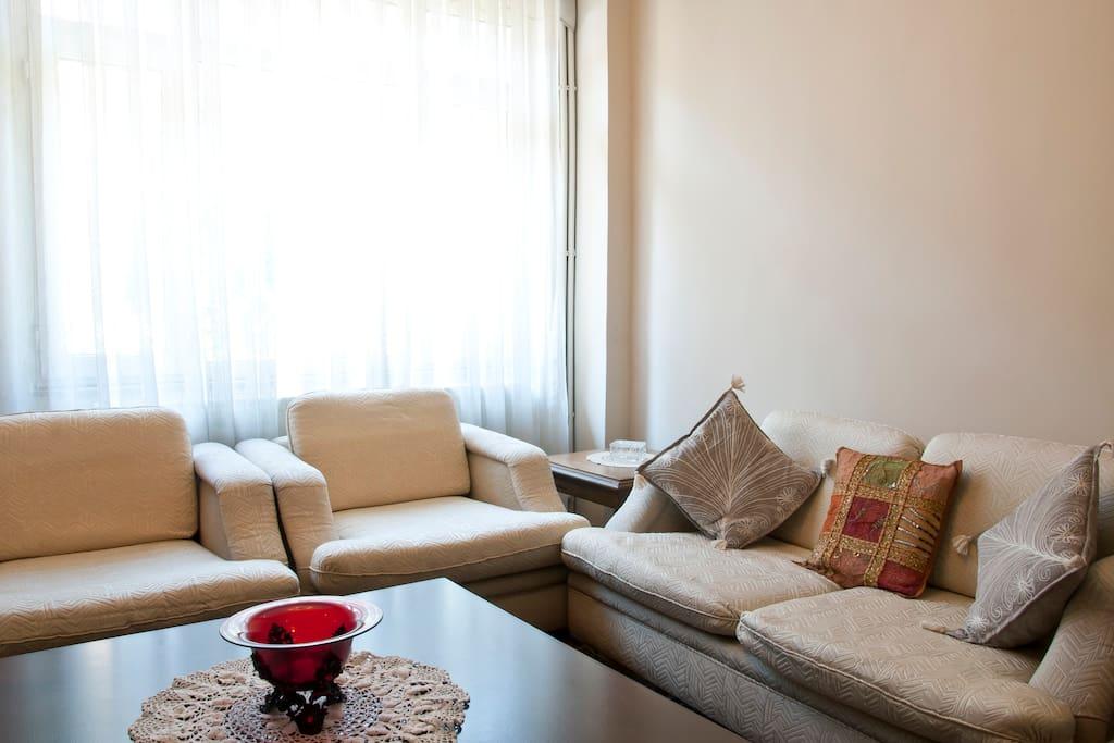 Living area (first floor)