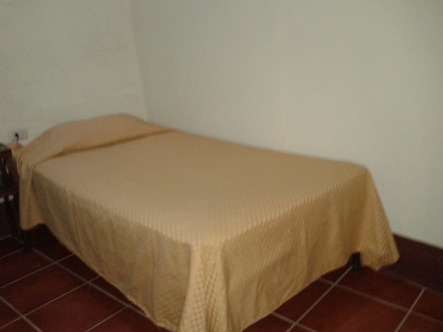 cama unipersonal