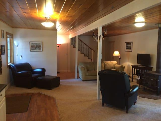 Paddleboard House at Lake Almanor