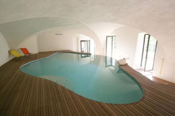 Location piscine chauff e rivi re maisons louer le - Location auvergne piscine ...