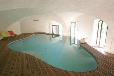 Holidays home, swimming pool, river - Le Teil