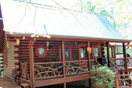 Mountain Laurel Cabin, Pond, Folk School Dish Wifi