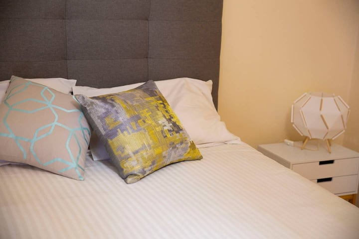 Cosy and Central +Kings Park+BrandOutlet +Beaches