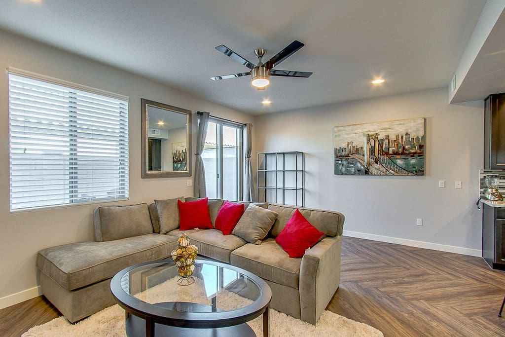3 Bedroom Condo Near Asu Scottsdale And Freeways Townhouses For Rent In Tempe Arizona