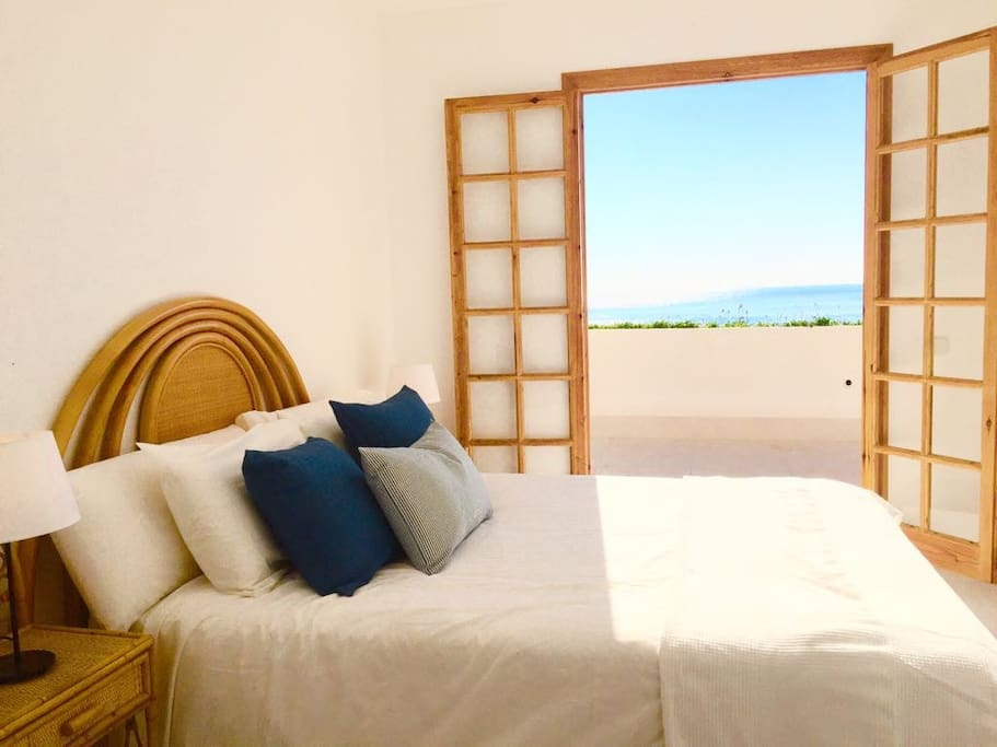 Main Bedroom with Sea View