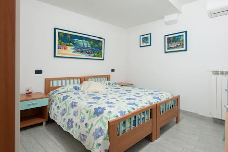 Room giuliana 3 - マナローラ