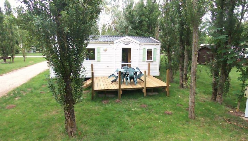 mobil home dans camping - Saint-Fort-sur-Gironde - Bungalow