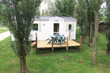mobil home dans camping - Bungalow