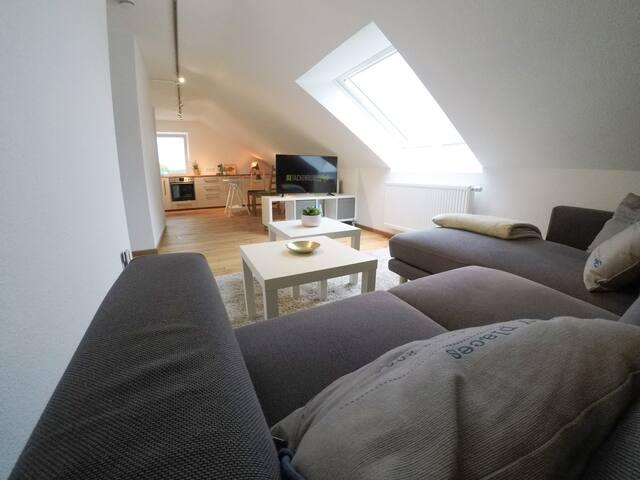 »Tackenburg Loft Sunrise« Wohnung, Essener Süden