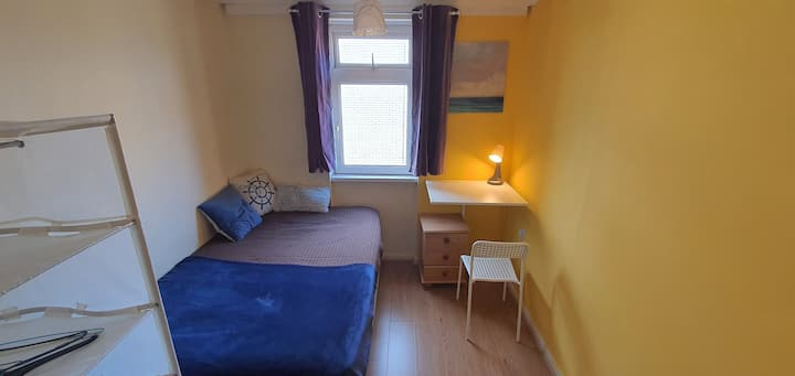 Double Room in Modern House - Canary Wharf Z 2