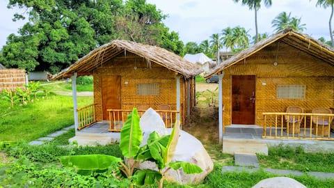 Chattai stuga i naturen i Hippy Hampi