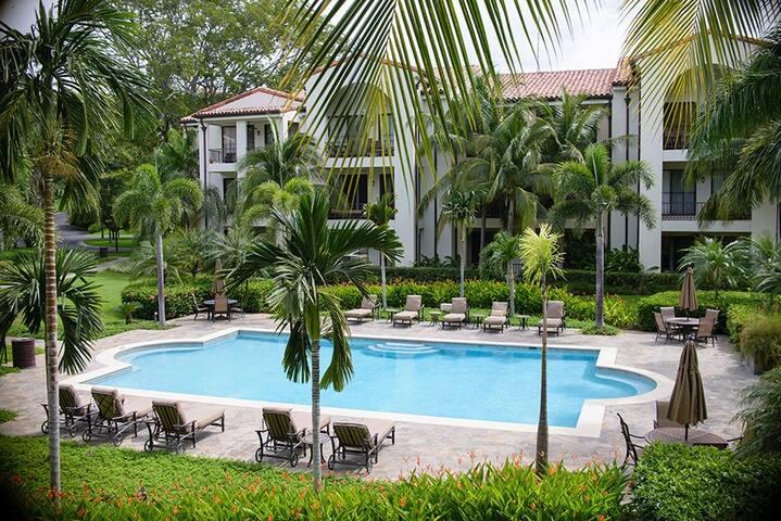 Pacifico L-1202 1st Floor 2 Bed, 2 Bath Condo - Coco - Condominio