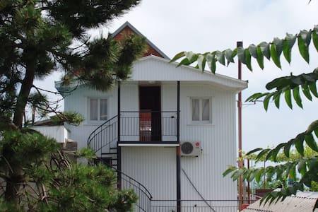 """Гостевой дом """"Чайка"""" - Tuapse - Guesthouse"""