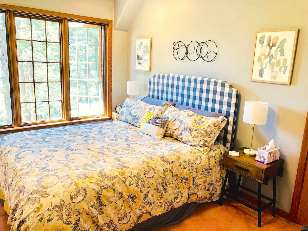 Ergo Luxe and quiet delightful room.