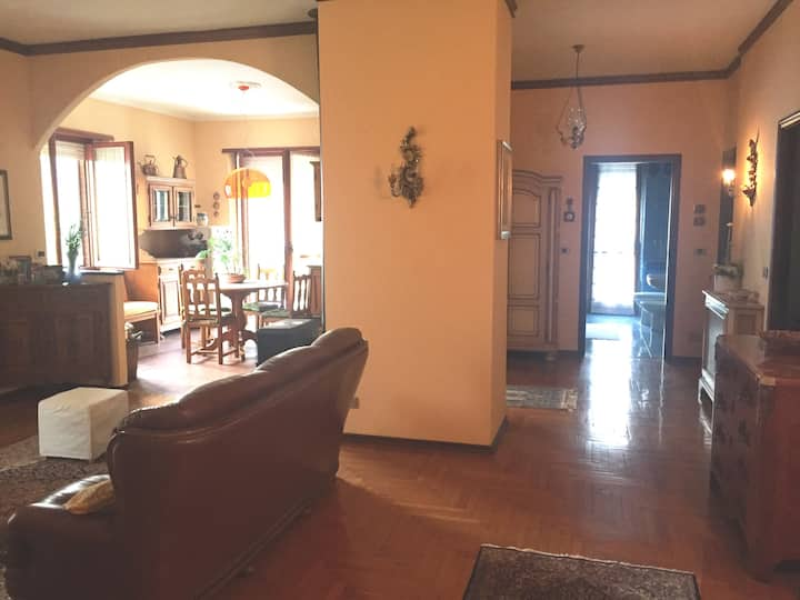 Spacious and quiet apartment in Roero (up to 5 p)