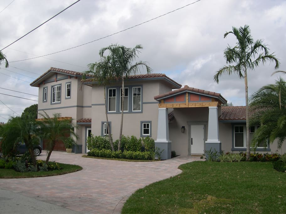 Stay At Walrick Of So Fla Br1 Resorts For Rent In