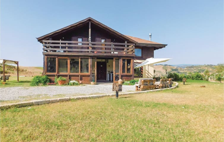 Holiday cottage with 3 bedrooms on 216 m²