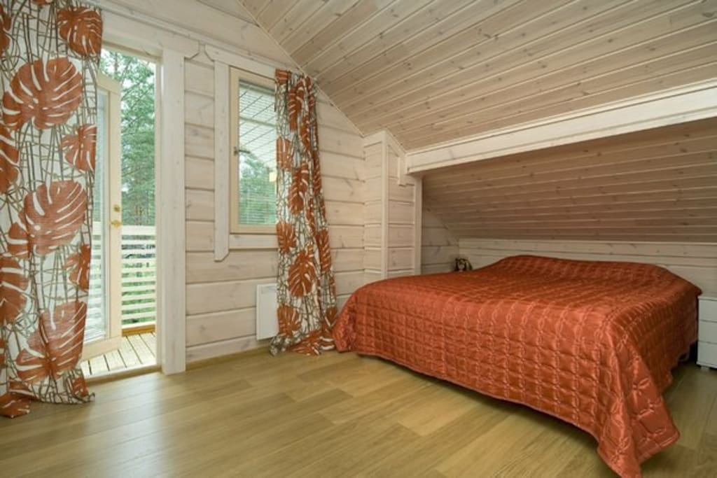 Orange room 2-d floor with balcon
