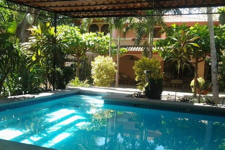 Tranquil Tropical Gardens with pool - Playa Hermosa