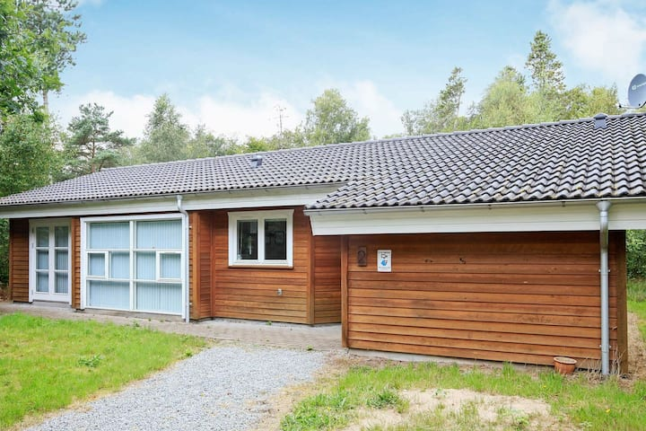 Serene Holiday Home in Saeby with Whirlpool