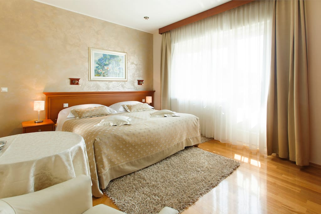 Golden Bed And Breakfast Split
