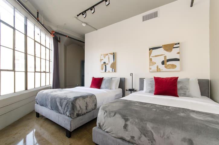 Downtown LA Magical Suite