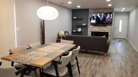 Book it and Love it! HGTV Looking Home