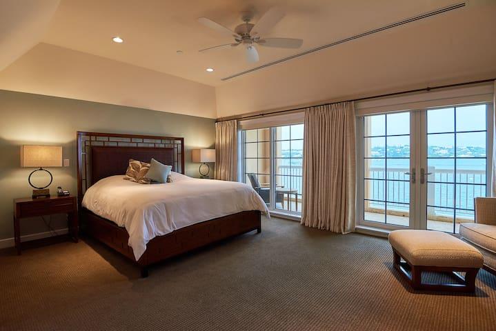 The WaterFront Residence, Room # 1, Bermuda